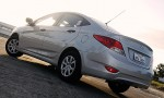 hyundai_accent_diesel_sedan_02