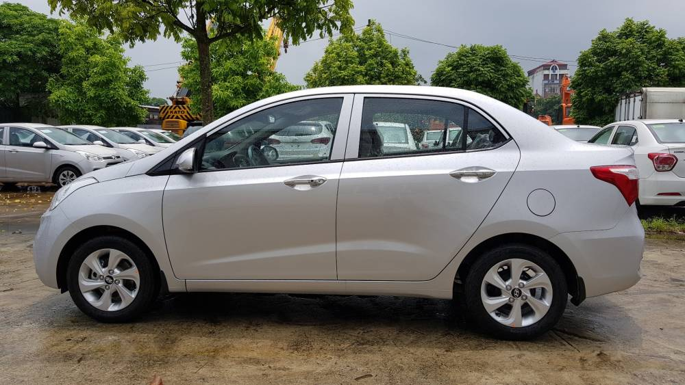 huyndai-grand-i10-sedan-mt-2018-1