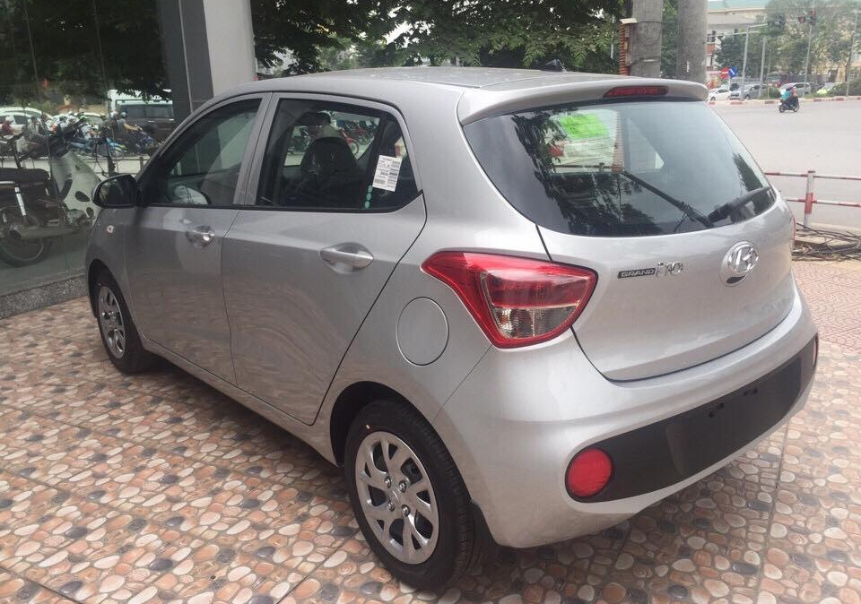 hyundai-grand-i10-mt-base-2