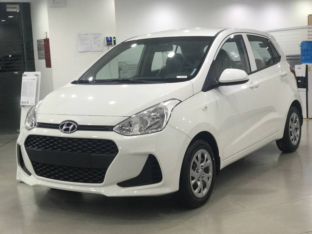 hyundai-grand-i10-mt-base