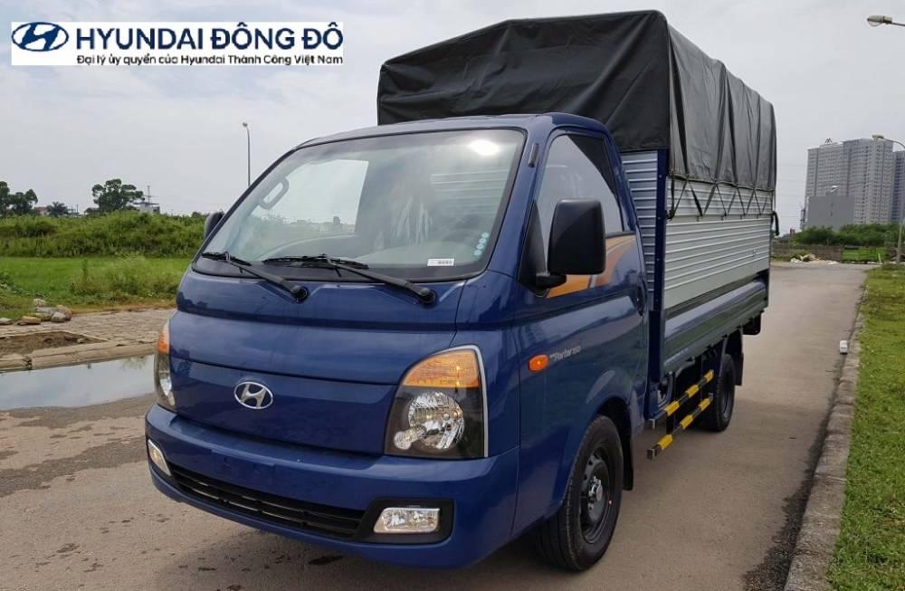 Hyundai Porter thùng mui phủ bạt màu xanh dương