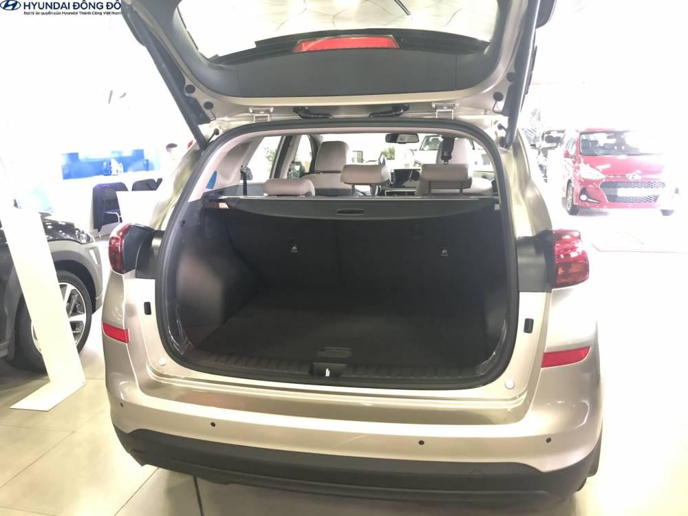 Cốp xe Hyundai Tucson 2019 bản đặc biệt
