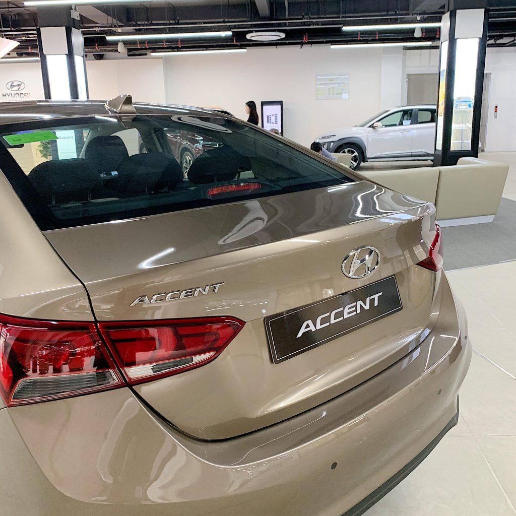Cốp xe trên Accent 2020