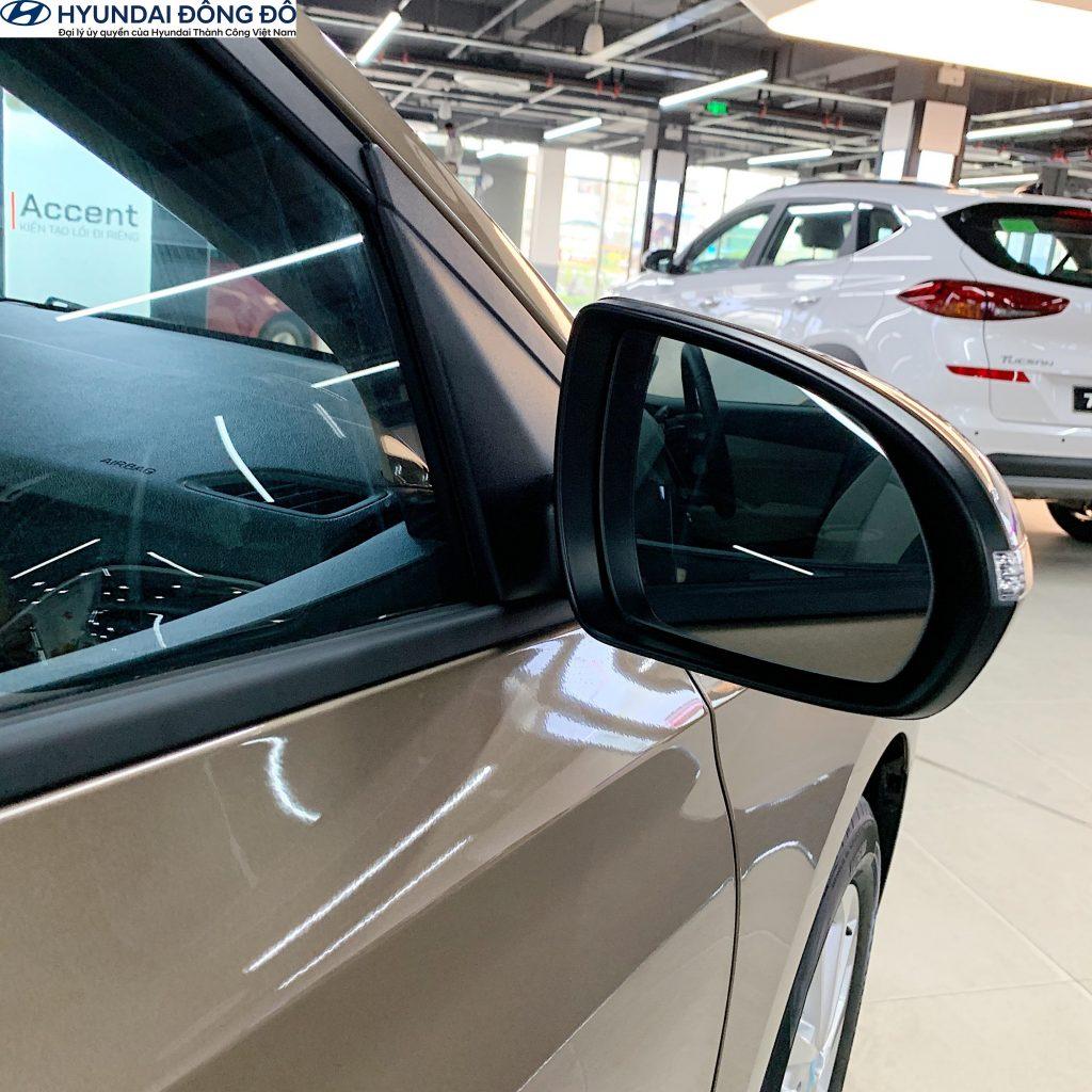 Đánh giá gương chiếu hậu Hyundai Accent 2020